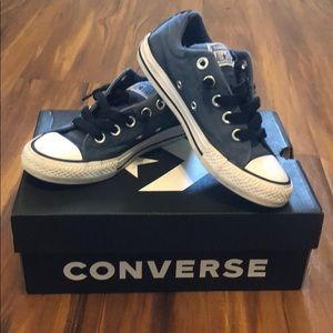 Used boys navy all star low top sneakers